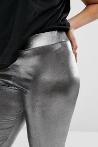 Curvy Metallic Legging