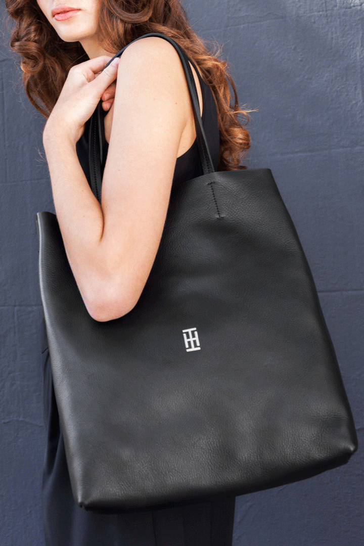 Inbar Harari Barcelona leather bag