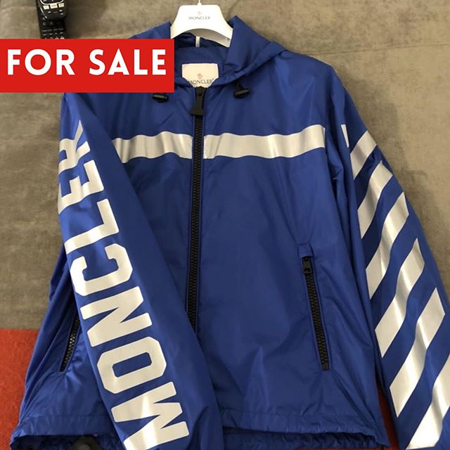 moncler off white