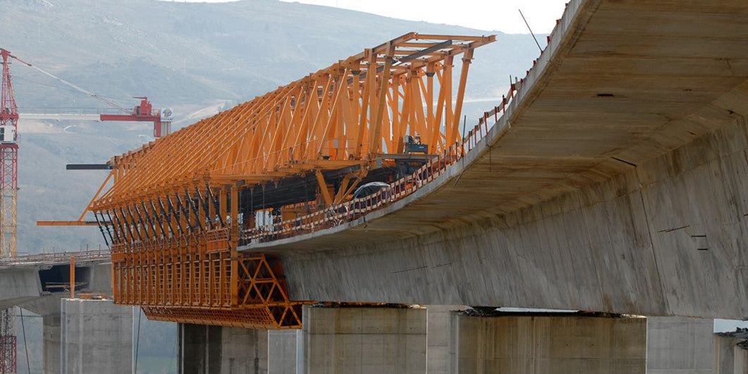 Span-by-Span Casting with Movable Scaffolding Systems