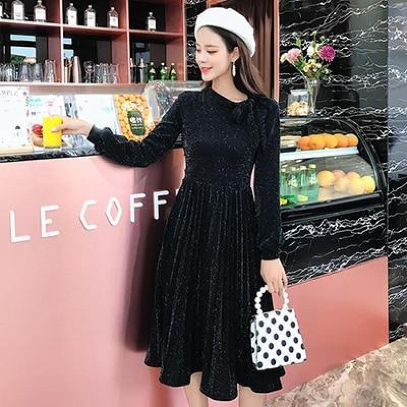 TeresaCollections - Classical Pleated Bouncy Pleated Elegant