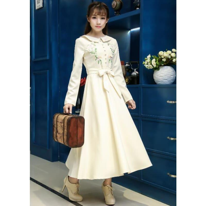 Ivory Vintage Style High Quality Peter Pan Collar Button Embroidery Long Sleeve Midi Dress - Ivory / S - Midi Dress