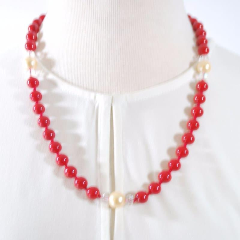 Red Shell Pearls With Cream Ascent Necklace. - Handmade