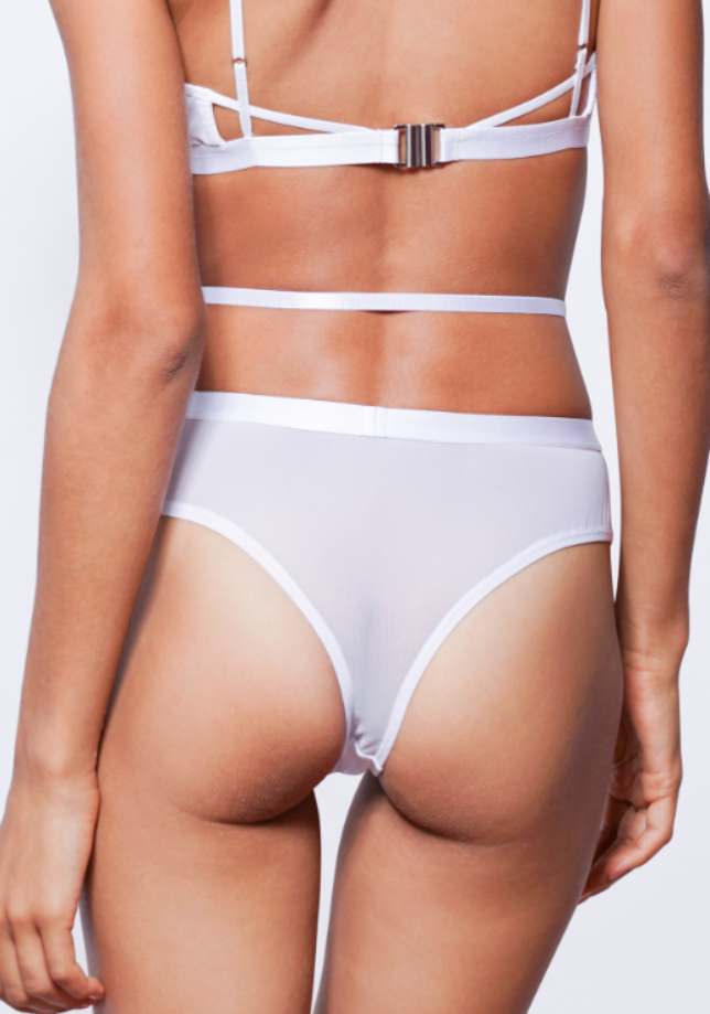 MILA CHEEKY CROSS-OVER G-STRING (White)