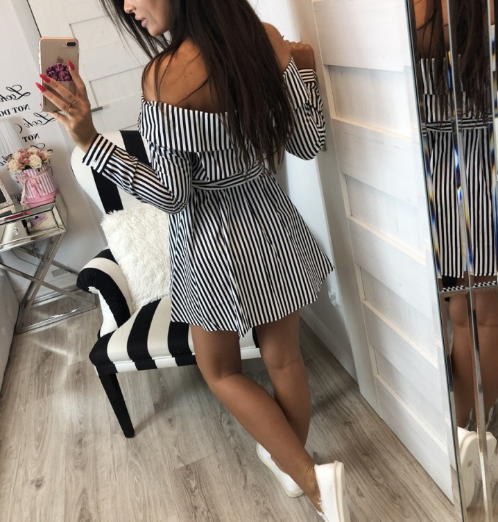 Sexy Long Sleeve Striped One-Neck Dress