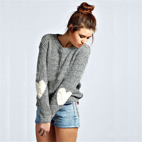 Design round neck long-sleeved knit sweater