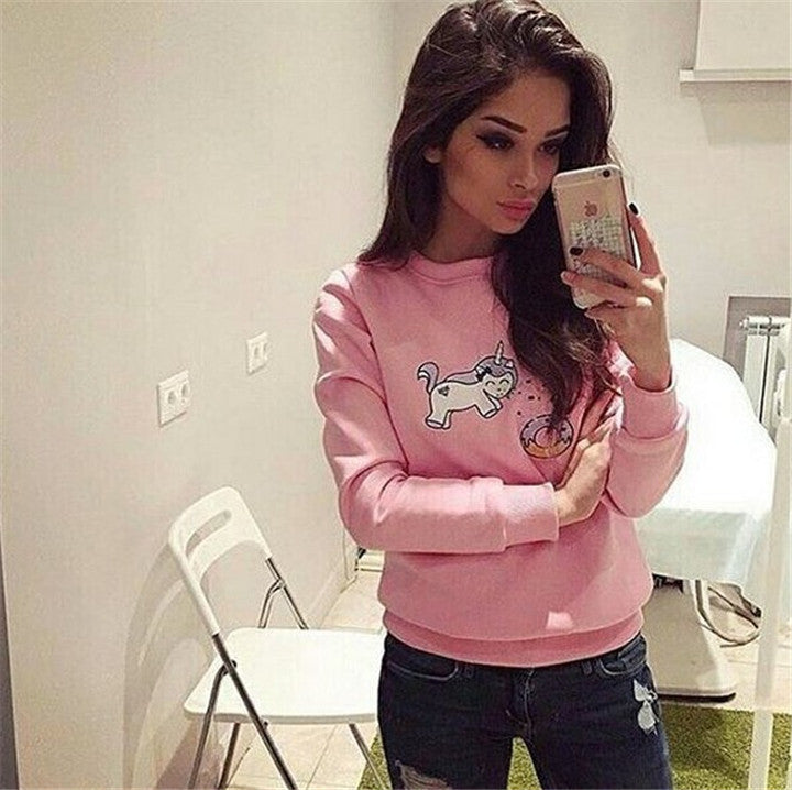 Fashion pattern embroidery round neck sweater