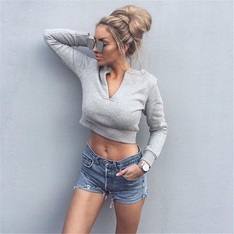 Design V-neck long-sleeved sweater