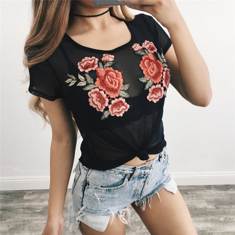 Round Neck Embroidery Short-Sleeved T-Shirt