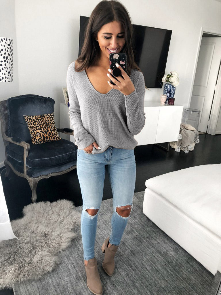 Women's Sexy V-neck Long Sleeve Solid Color Loose Sweater