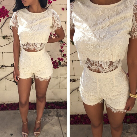 SEXY HANGING NECK TWO-PIECE SHORTS