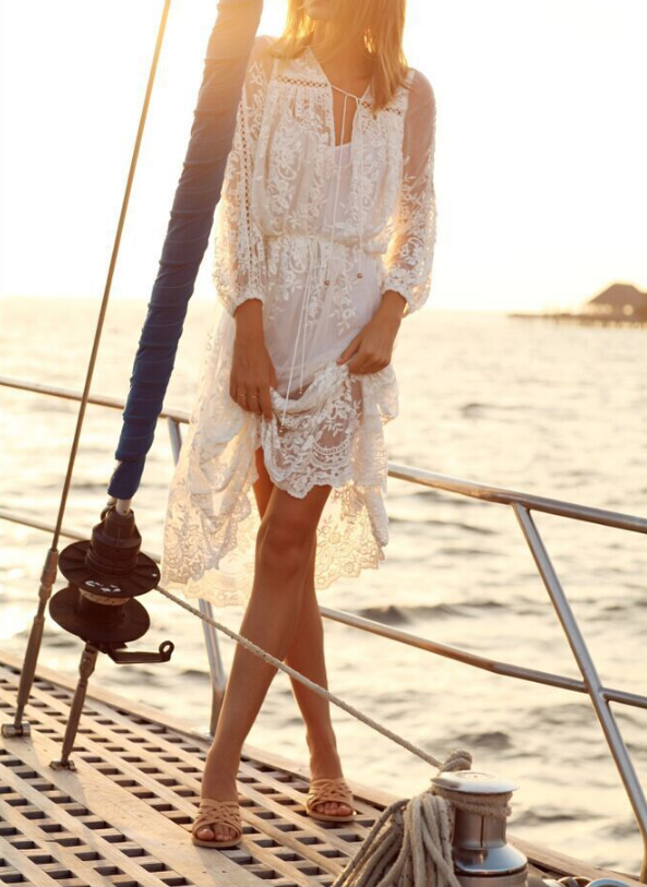 Fashion Printing White Lace Flounced Dress