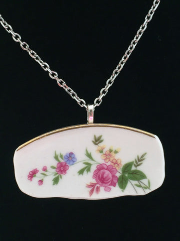 Re-Purposed Rose Pattern Broken China Neckace