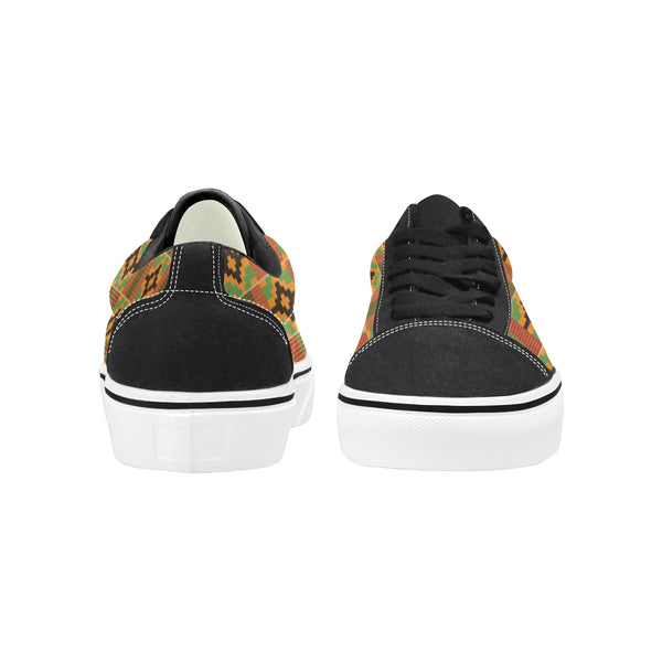 KingWoke_kentw_spray-paint-design_Kemis-pattern-jp Men's Low Top Skateboarding Shoes (Model E001-2)