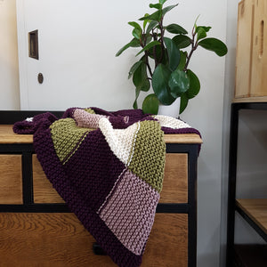 Free Pattern: Simple Squares Knit Blanket