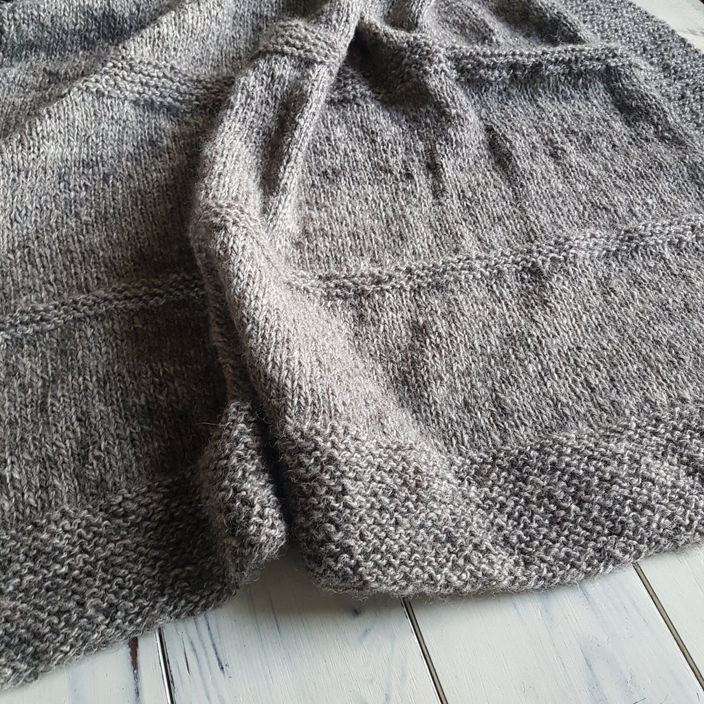 FREE PATTERN - Handspun Knit Throw