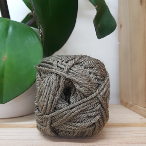 Yarn | Touch - 8ply Merino - Olive
