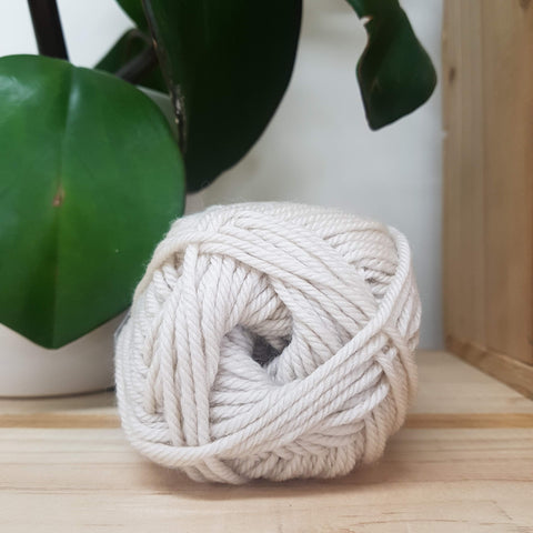 Yarn | Touch - 8ply Merino - Oatmeal