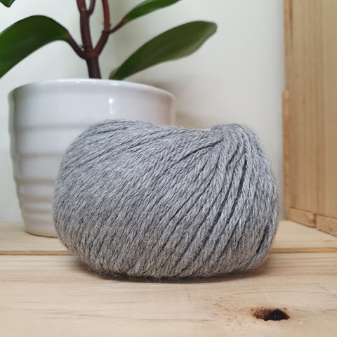 Yarn | Muhu 8ply Baby Alpaca - Grey