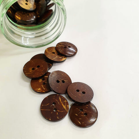 Buttons - Coconut - Medium - 18mm