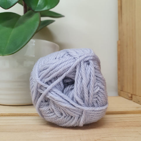 Yarn | Loyal - 8ply - 100% Wool - Mist