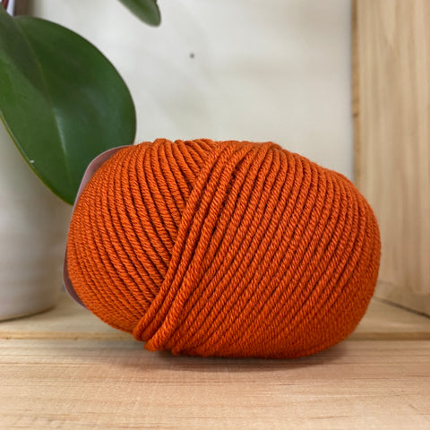 Yarn | Nordica 8ply Merino - Rust