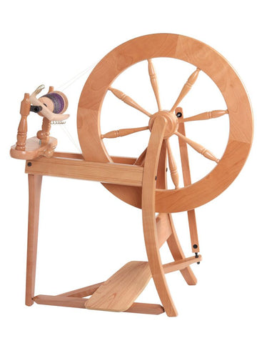 Traditional Spinning Wheel // Double Drive // Lacquered