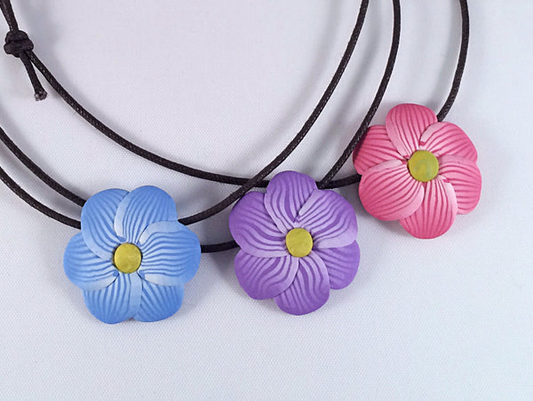Adjustable Pastel Flower Pendant Necklace