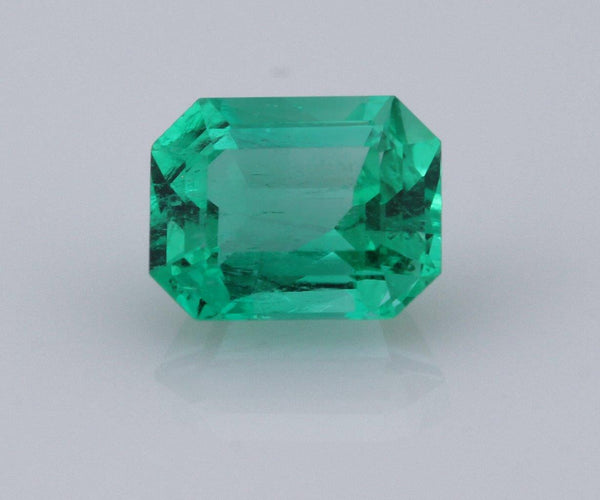 Emerald cut emerald 1.02ct