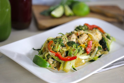 PALEO - Chicken Stir Fry with Courgette Noodles