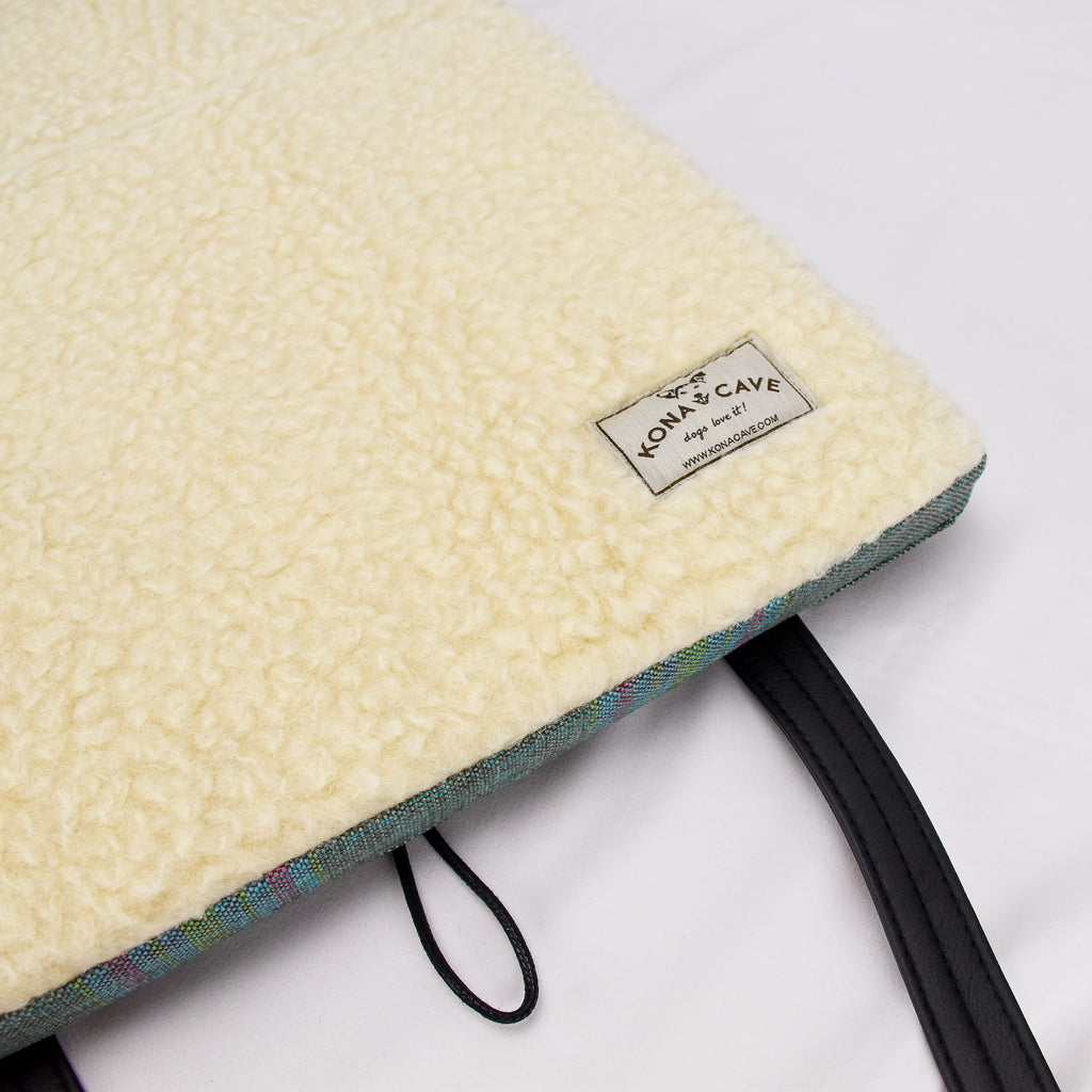 Travel Dog Bed with 100% Natural Sheep Wool Lining