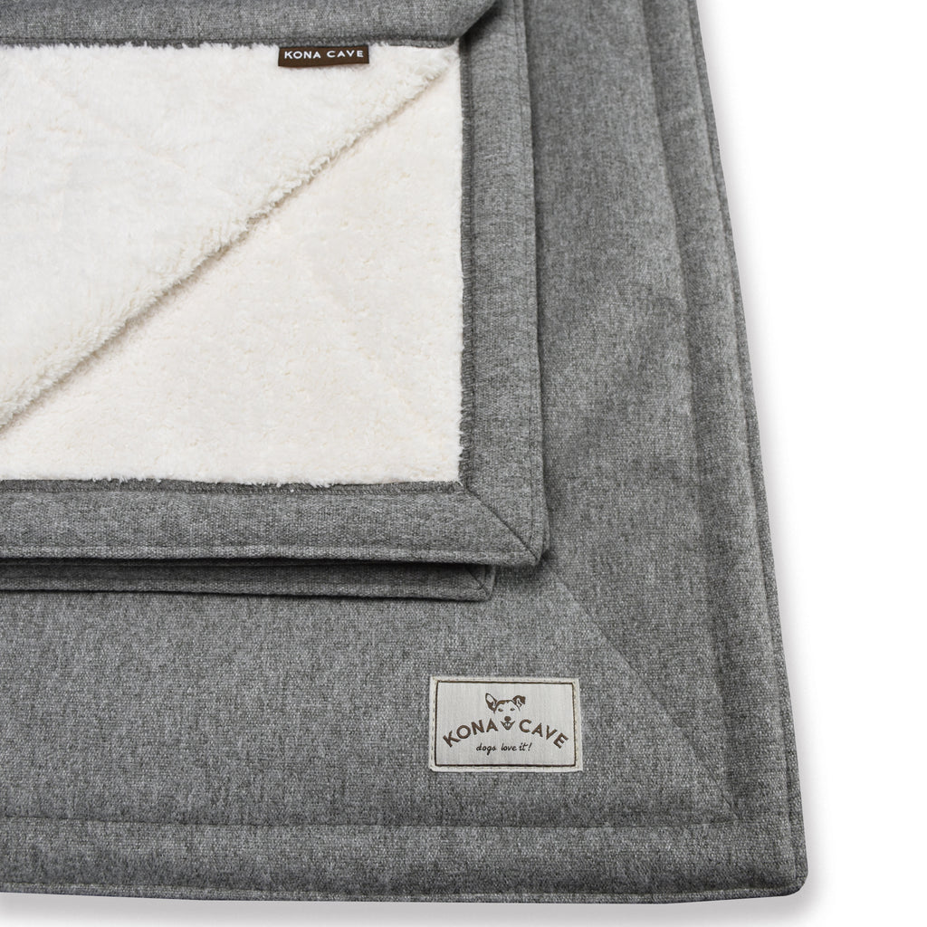 KONA CAVE® Grey Flannel Pet and Furniture Blankets with snuggle-soft Sherpa fleece lining