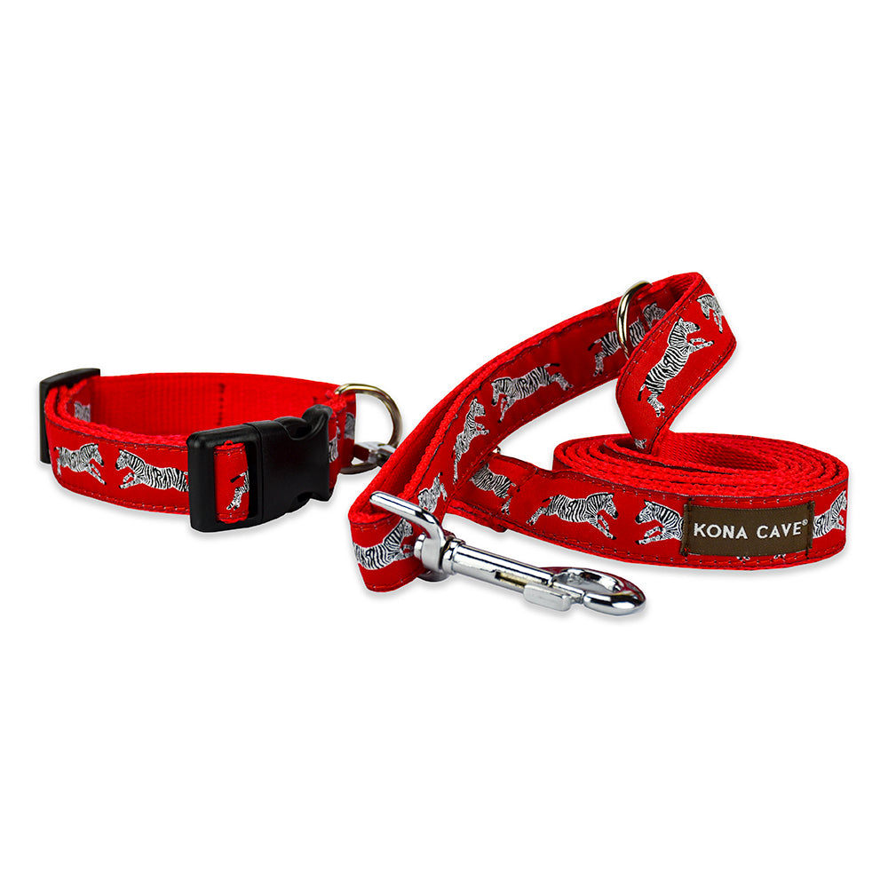 Doggy Walk Wear Set includes 160cm leash with loop handle and double clip, and an adjustable dog collar in Zebras on Red