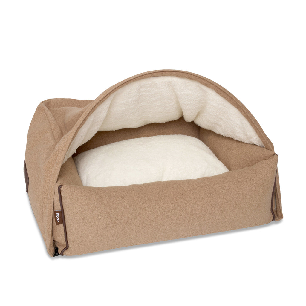 KONA CAVE® designer Snuggle Cave dog bed in light brown flannel fabric for burrowing dogs. Höhle Hundebett