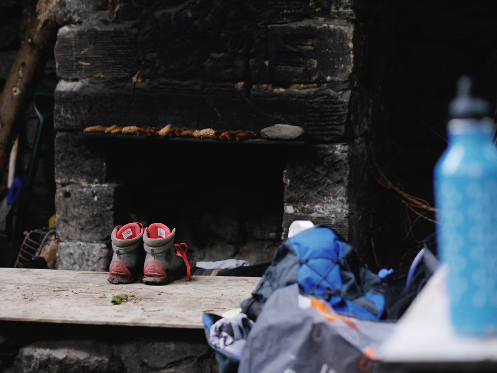 Warming boots in a bothy