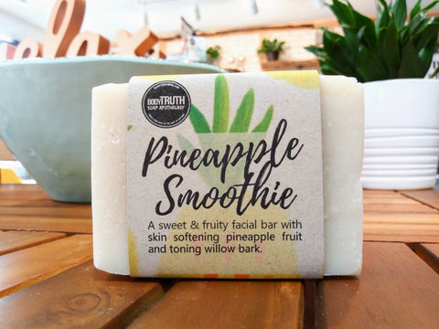PINEAPPLE SMOOTHIE, Facial Bar