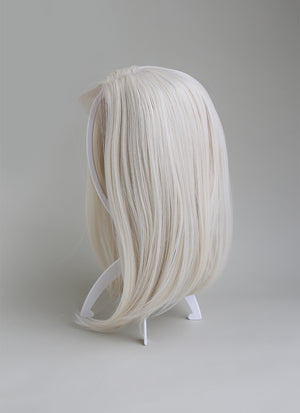 Collapsible White Plastic Wig Stand