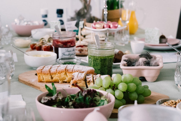 Ein Muss an Ostern: der Osterbrunch (Foto: Jessy Smith via Unsplash)