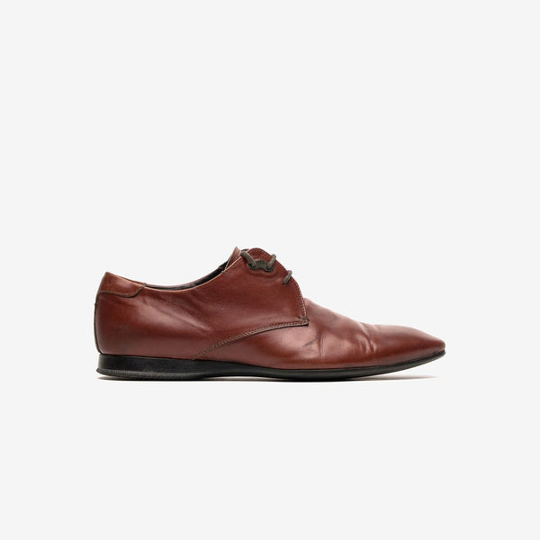 Prada / Brown oxford shoes
