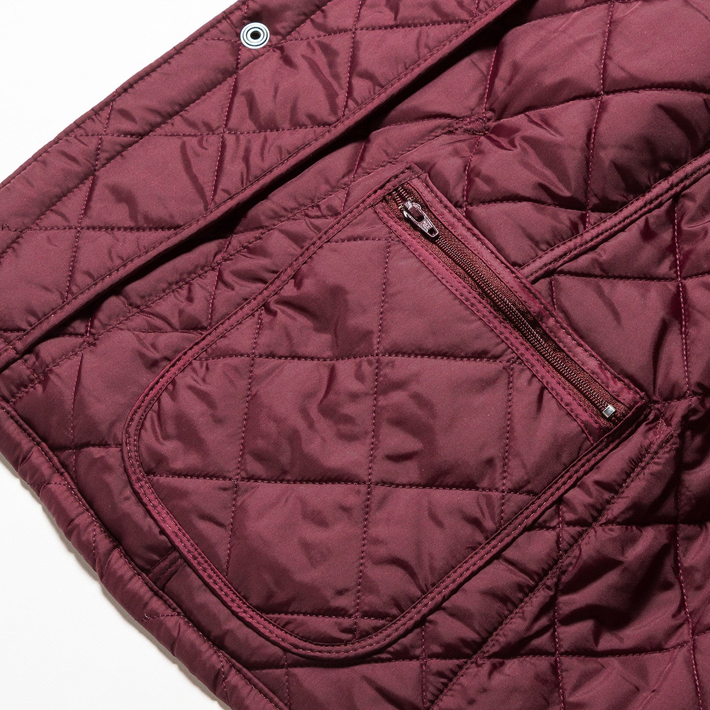 Barbour / Chip Lifestyle Quil Merlot, Pantone Collection