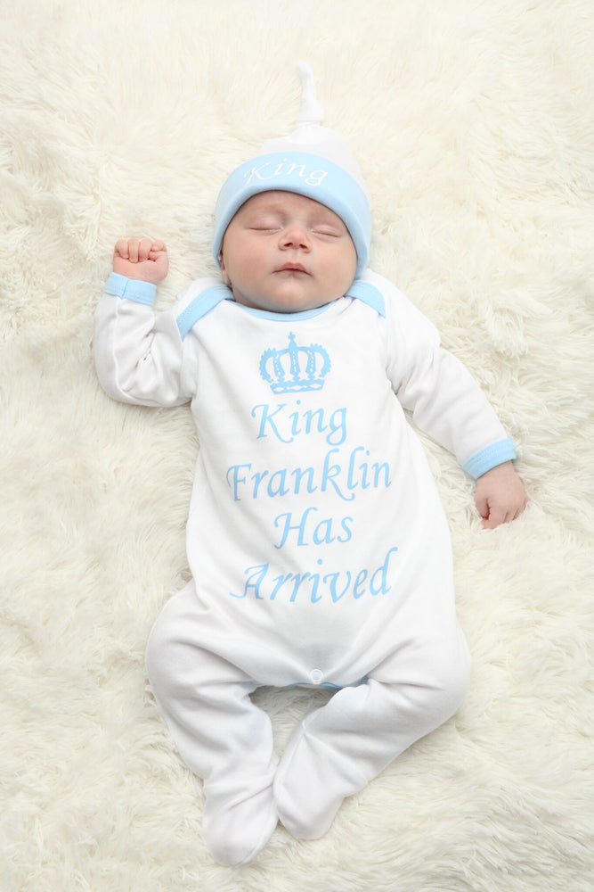 Personalised King Has Arrived Baby grow and Hat Set