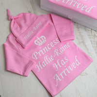 Personalised princess has arrived baby grow and hat set - Mini Kings & Queens