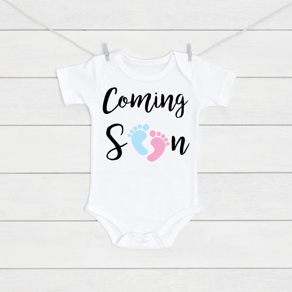 Pregnancy Announcement Coming Soon Baby Vest - Mini Kings & Queens