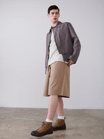 Facile Shorts In Tan