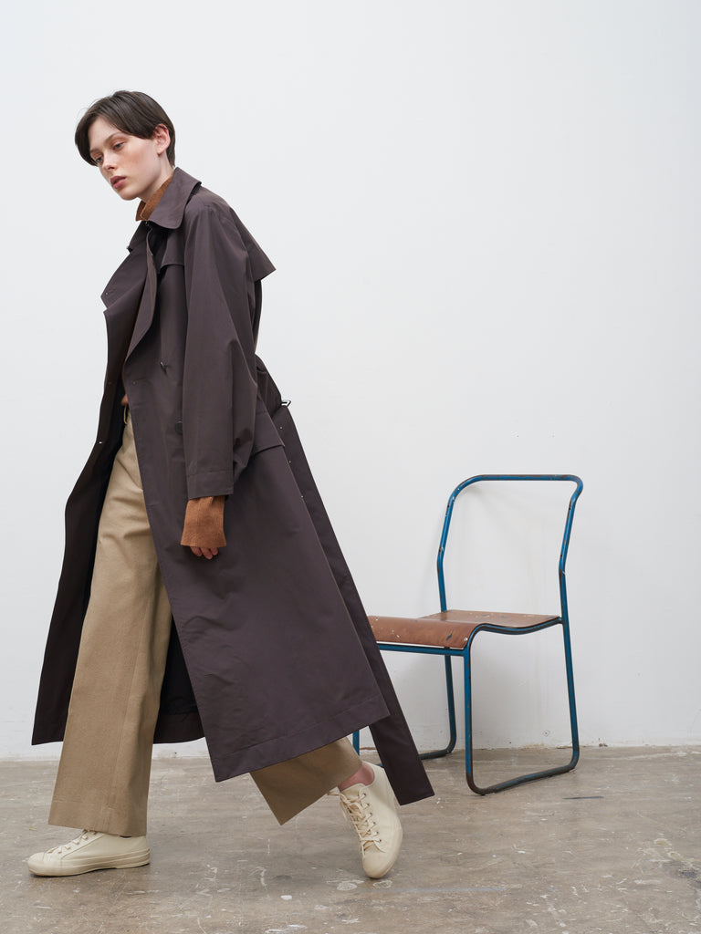 Angstrom Raincoat In Dark Brown - Studio Nicholson