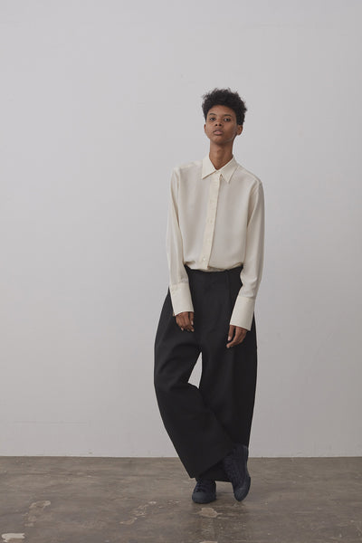 Brunel Wool Twill Balloon Pant In Black