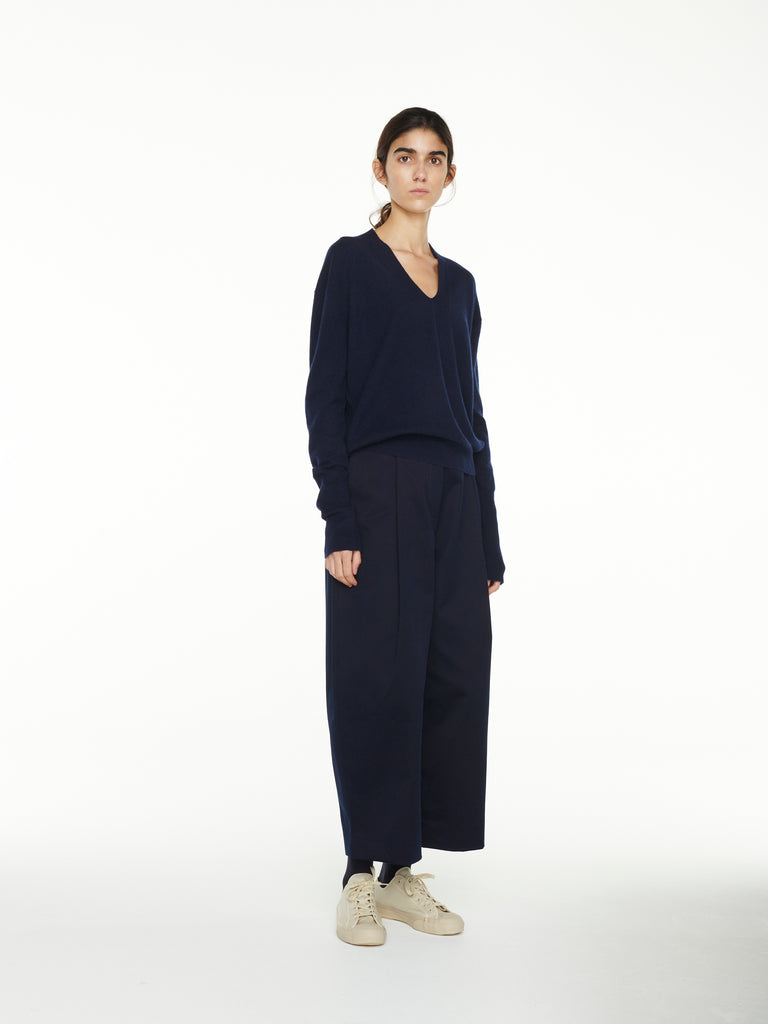 Iwasa Cashmere Knit In Dark Navy