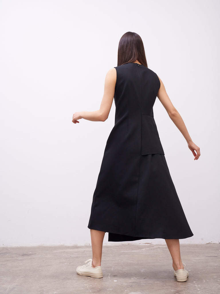 Mannes Sleeveless Dress In Black - Studio Nicholson
