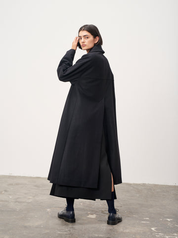 Mercutio Volume Melton Wool Coat In Black