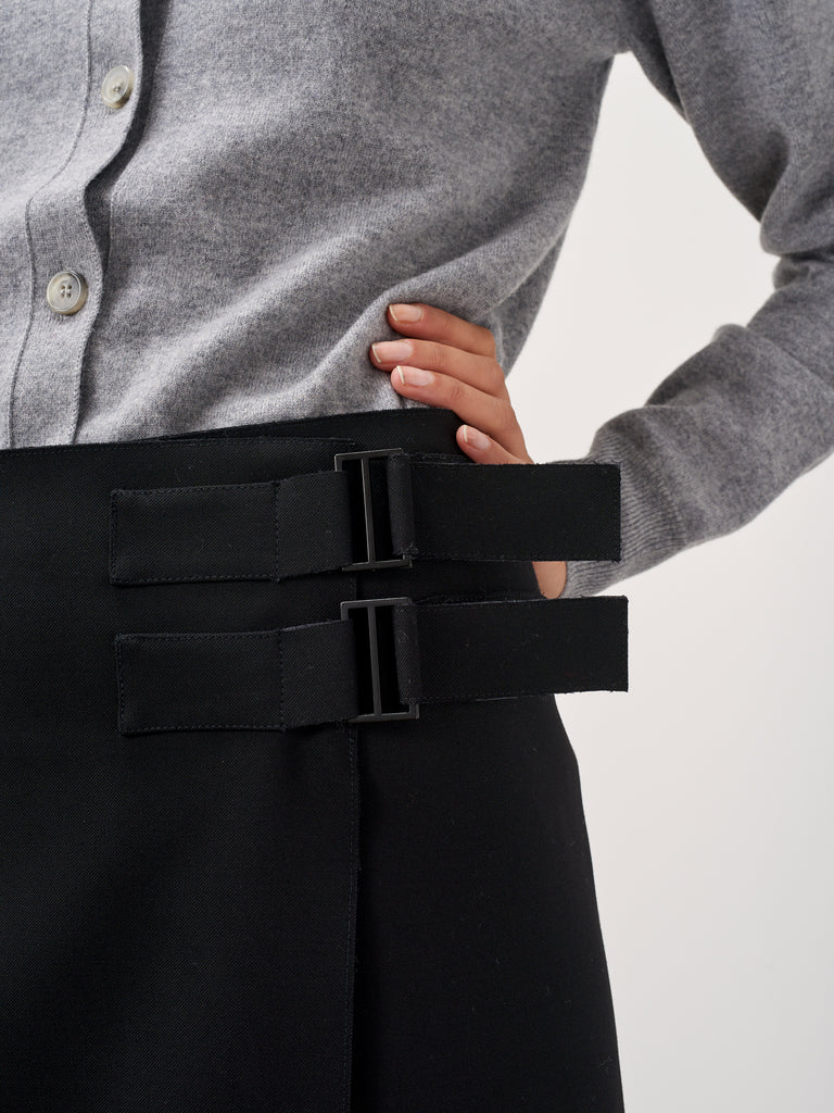 Overlap Skirt In Black - Studio Nicholson